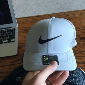 Nike Golf Swiosh Flex Hat